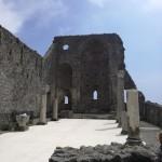 I ruderi della Basilica Romanica del XIII di Sant'Eustacchio sita lungo il percorso fra le frazioni di Minuta e Pontone nel comune di Scala
