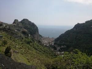Vista di Amalfi da Pontone